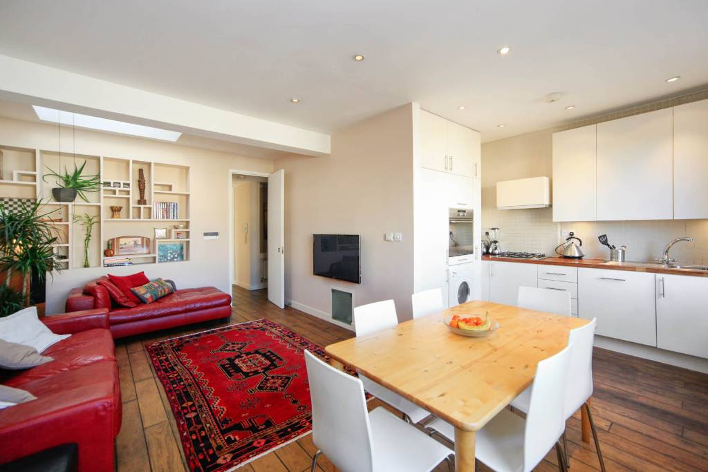 Flat F 27, Winchester Road, Swiss Cottage -  Image 1