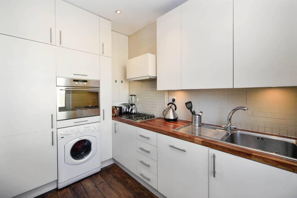 Flat F 27, Winchester Road, Swiss Cottage - Image 5