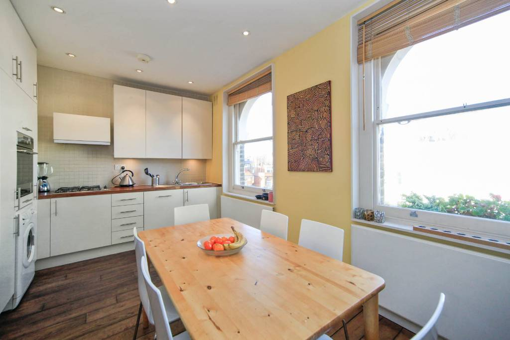 Flat F 27, Winchester Road, Swiss Cottage - Image 4