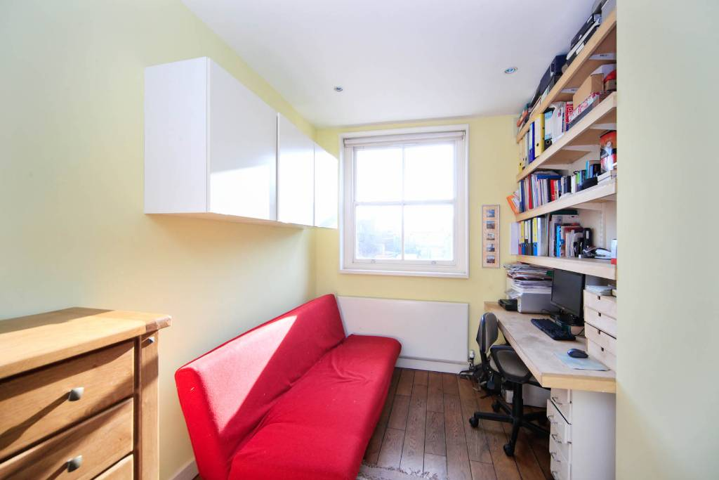 Flat F 27, Winchester Road, Swiss Cottage - Image 7