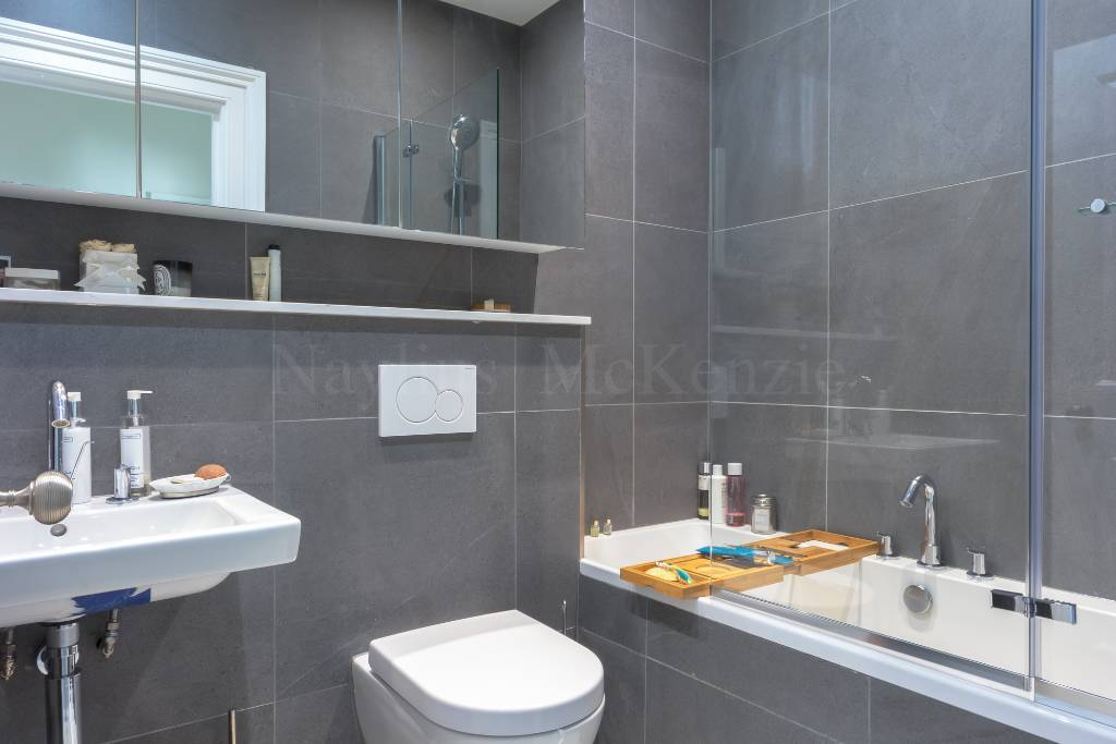 Flat 1, 94 Haverstock Hill, NW3 2BD - Image 9