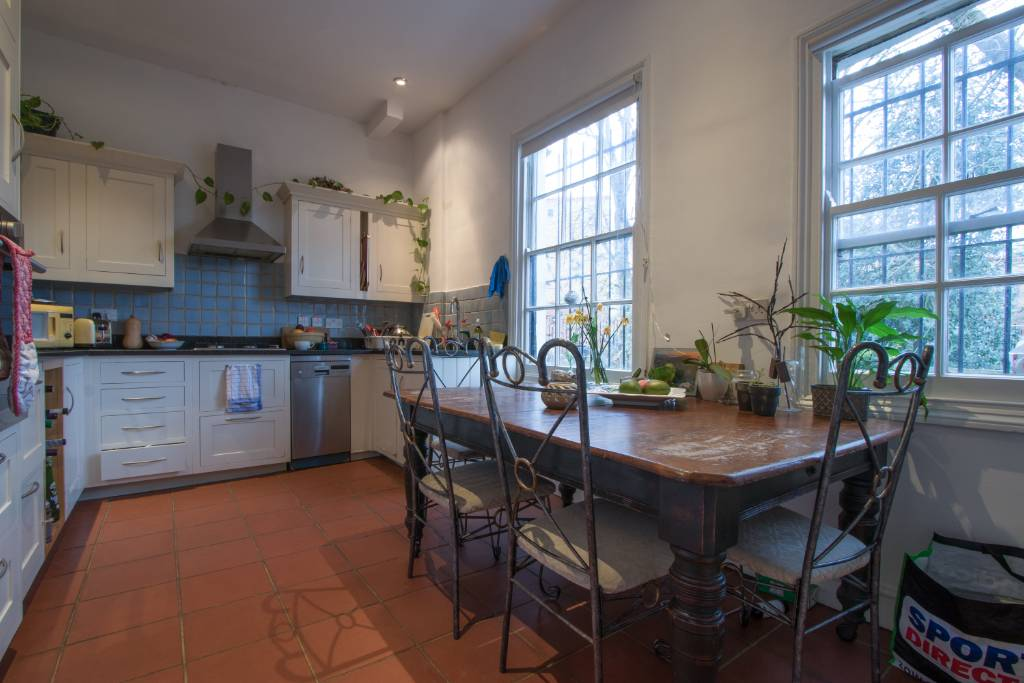 First floor flat 78 Haverstock Hill NW3 2BE - Image 2